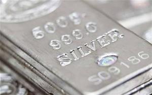 Le métal argent victime du « thrifting »
