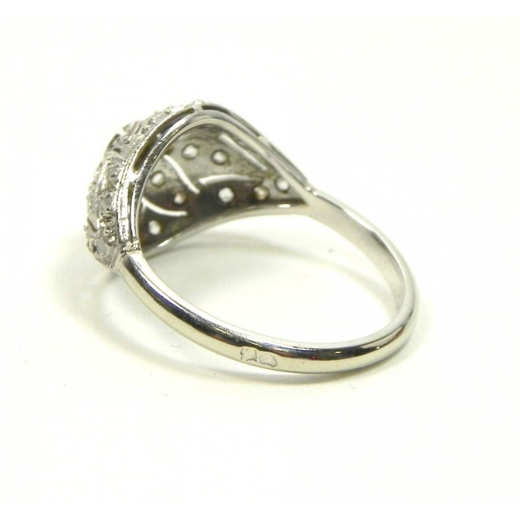 rare-bague-art-deco-or-platine-et-diamants